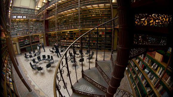 rijkmuseum-in-amsterdam.jpg